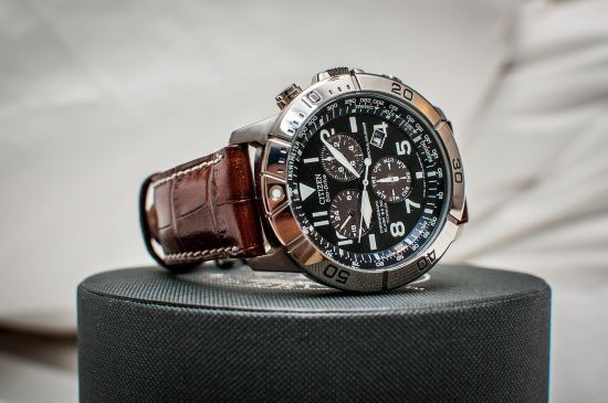 Citizen BL5250-02L on box