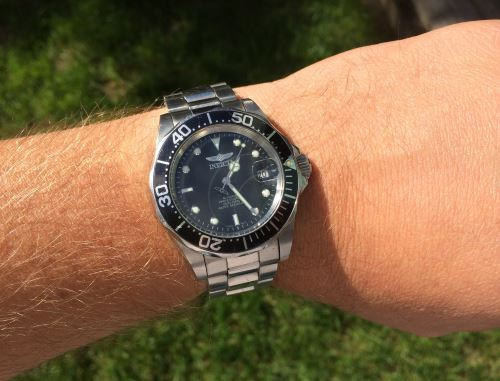 Invicta 8932 on wrist