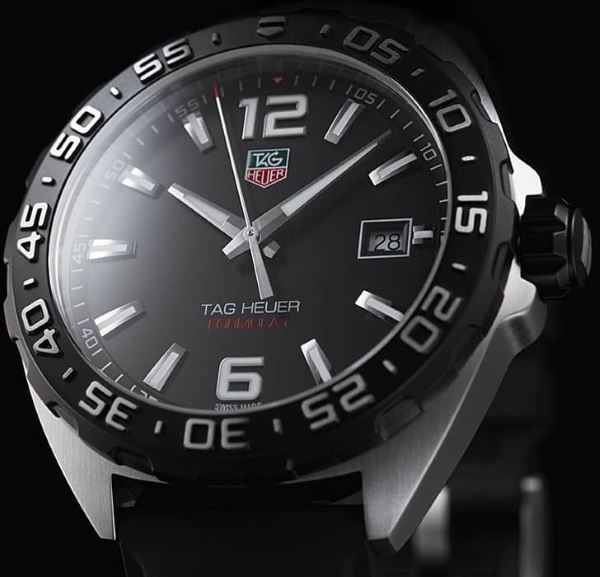 TAG Heuer WAZ1110.FT8023 dial