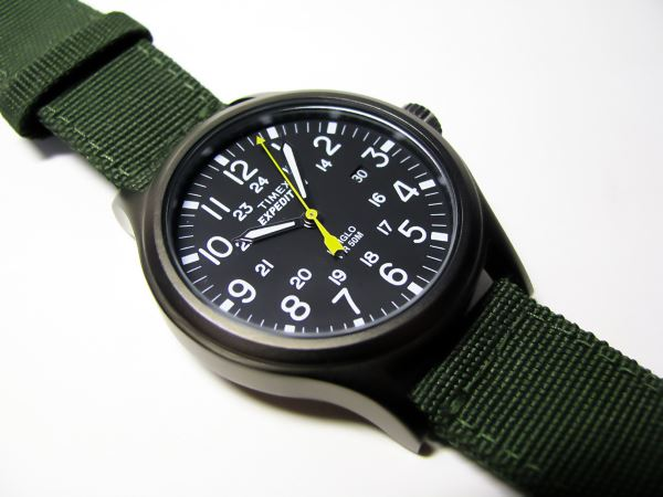 Timex T49961 dial close up