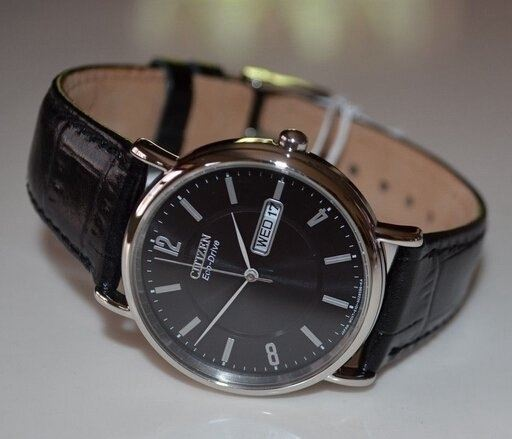 Citizen BM8240-03E close up