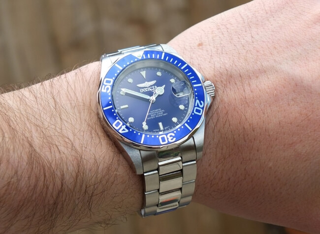 invicta 9094 on wrist