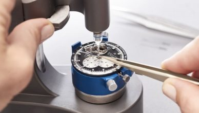 how to keep watches in good conditions