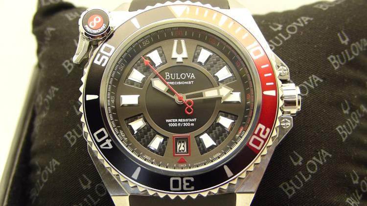 bulova catamount 98b166 close up