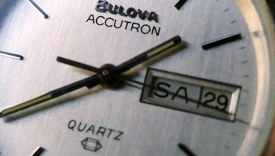 why quartz written on watches